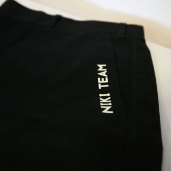 Dema Pubblicità-pantalone nero con scritta bianca